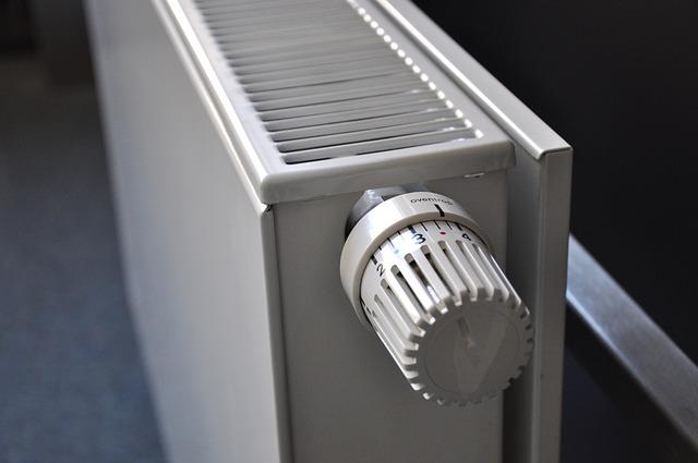 radiátor a termostat